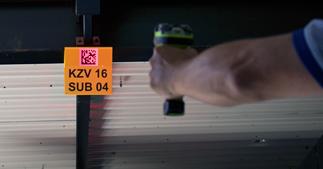 ONE2ID retro reflective labels borden bulklocatie magazijn scannen barcode QR code