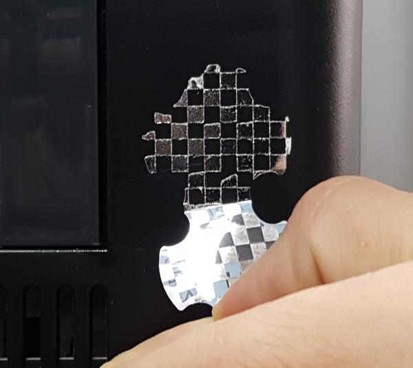 Sicherheitsetiketten manipulationssicher mit Checkerboard-Effekt ONE2ID
