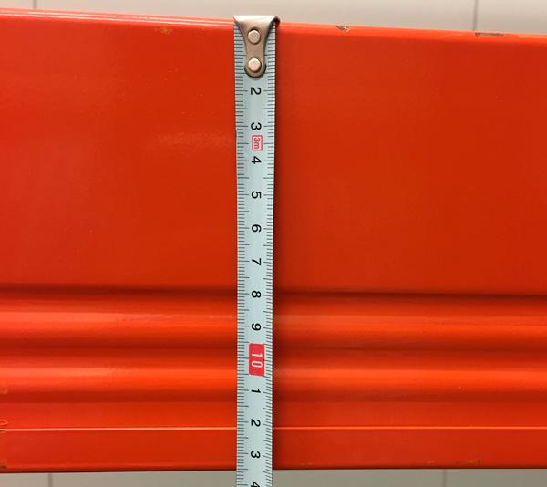 ONE2ID Lagerregalträger mit Etiketten